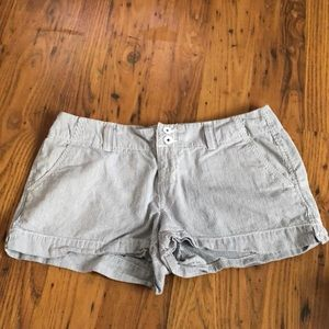 Barley Worn SO juniors shorts